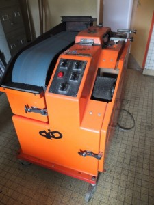 Machine pour réparer les skis